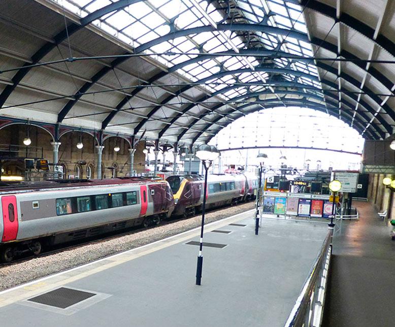 estacion trenes principal.UK  - Estación de tren principal